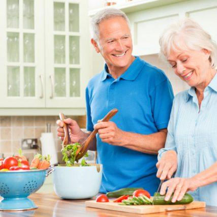 zdrava-hrana-stariji-ljudi